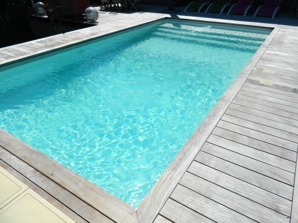 Montvalin construction r novation entretien de piscines for Entretien de piscine